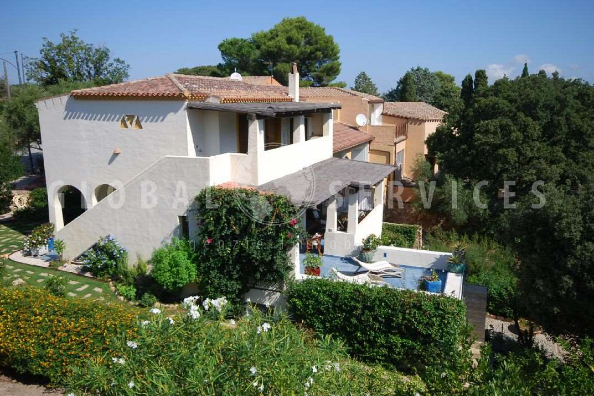 San Pantaleo  house with mountain view for sale