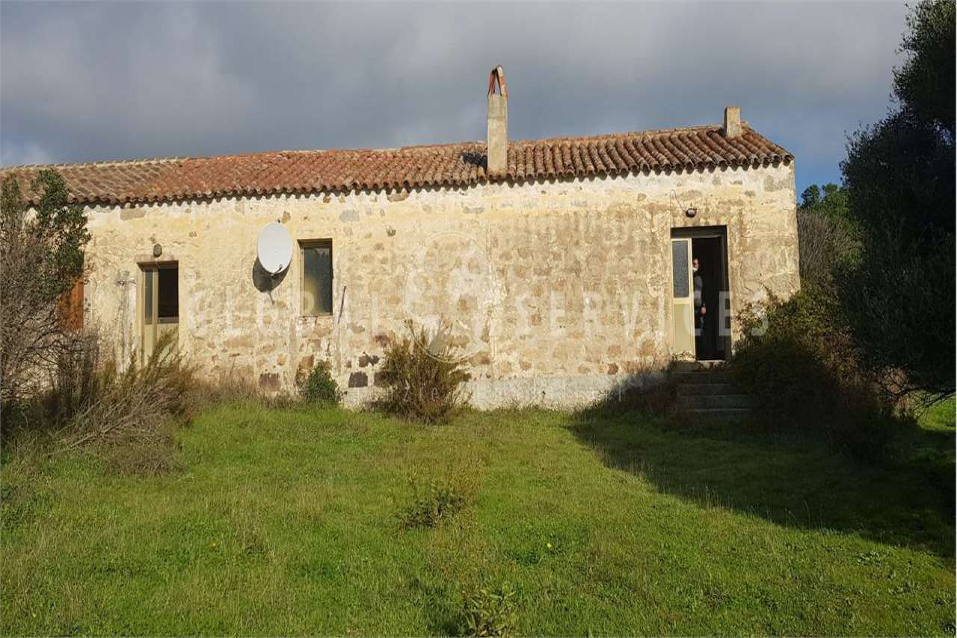 Palau ancient stazzo with farm for sale