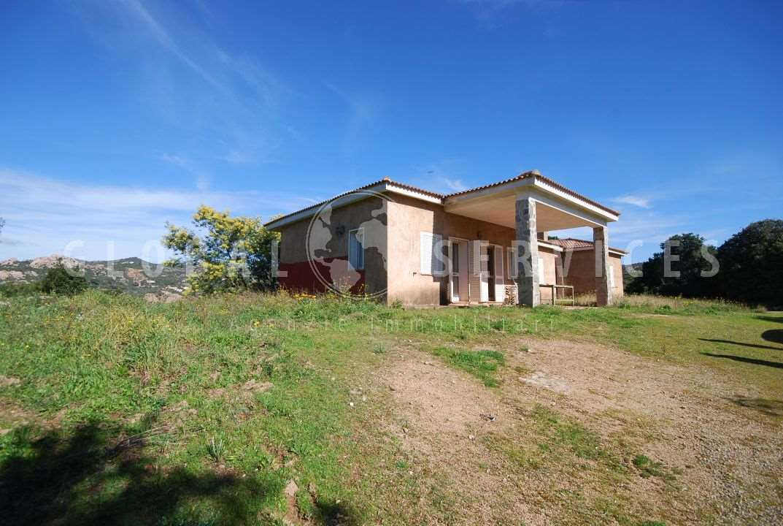 Arzachena Monticanaglia villa for sale