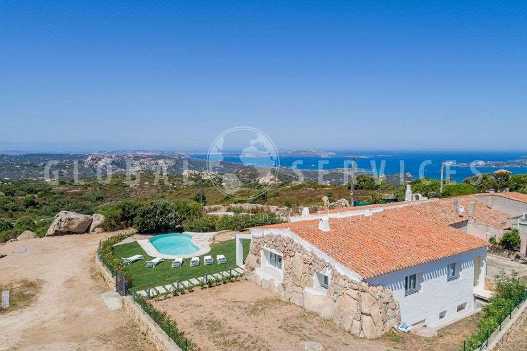 Cannigione sea view villa with swimming pool