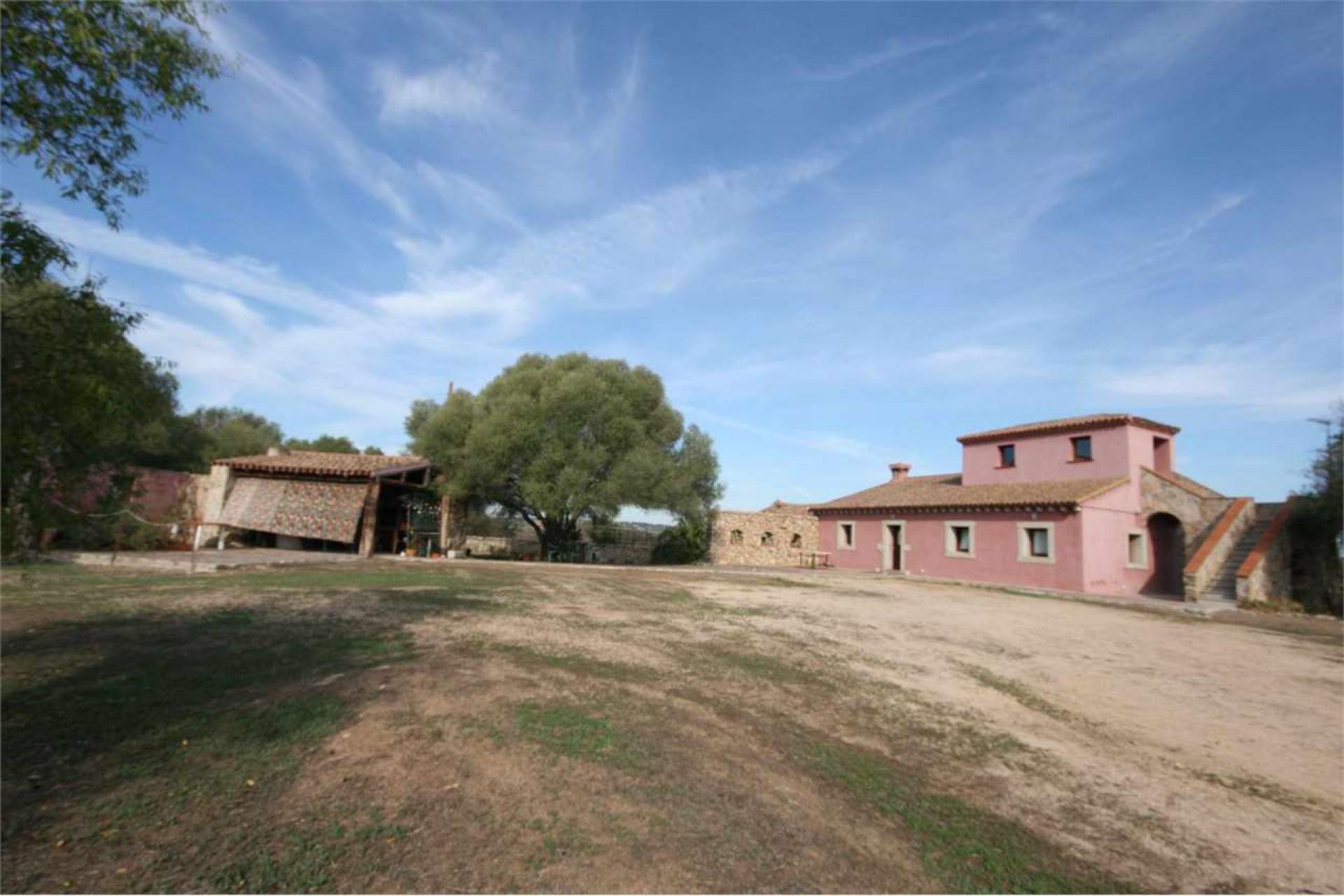 Arzachena farm house for sale