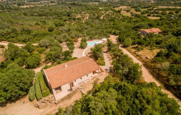 San Pantaleo villa for sale
