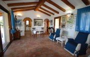 Palau villa with outbuilding for sale._75