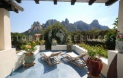 San Pantaleo  house with mountain view for sale_1