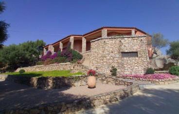 Arzachena panoramic villa for sale